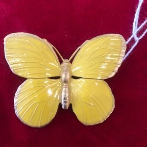 Butterfly in yellow pin